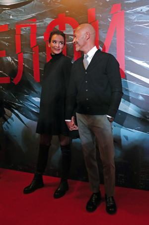 Паулина Андреева и Федор Бондарчук на премьере фильма «Селфи» (фото 1)