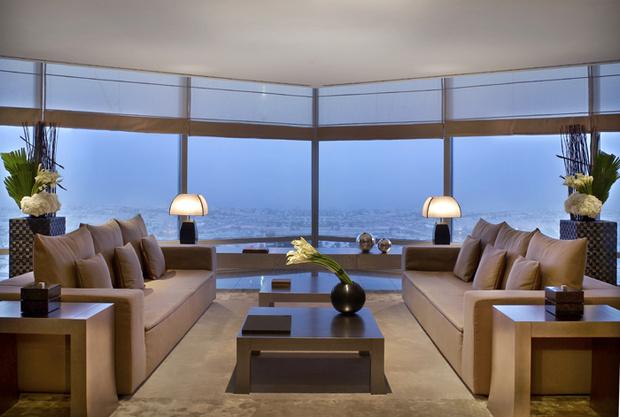 Дубай / Armani Hotel Dubai