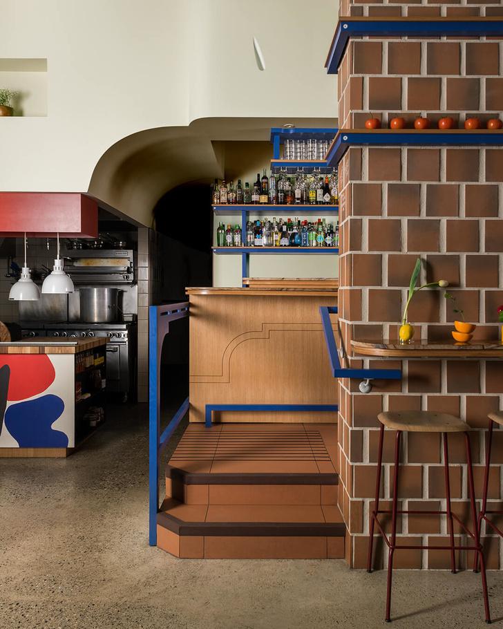 Тапас-бар в Ванкувере: проект студии Ste. Marie Design (фото 5)
