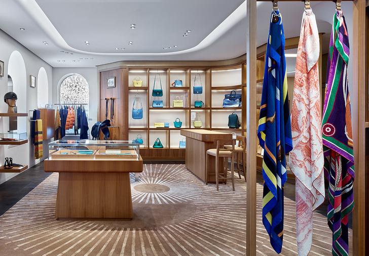 Смена декораций: московский бутик  Hermès (фото 3)