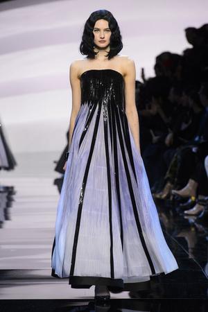 Показ Armani Prive коллекции сезона Весна-лето  2016 года Haute couture - www.elle.ru - Подиум - фото 602794