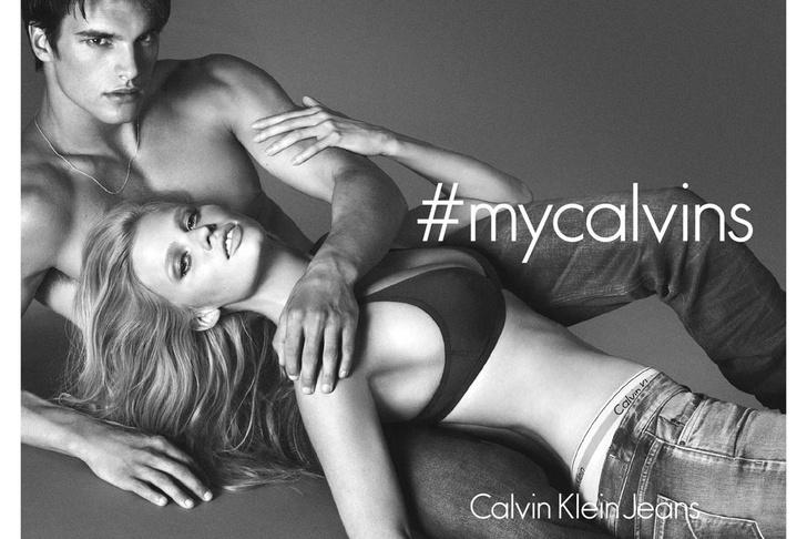 Джинсы от Calvin Klein