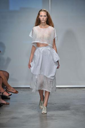 Показы мод Jeremy Laing Весна-лето 2009 | Подиум на ELLE - Подиум - фото 3464