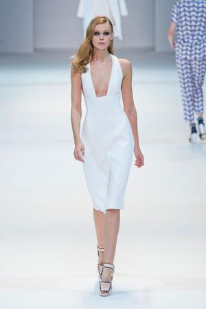 Показы мод Guy Laroche Весна-лето 2013 | Подиум на ELLE - Подиум - фото 1057