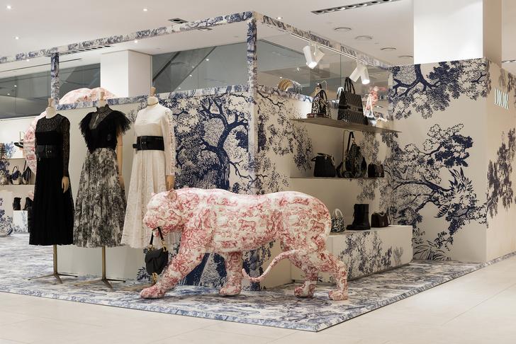 Капсульная коллекция Dior Maison в поп-ап бутике в ЦУМе (фото 8)