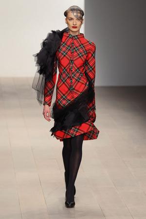 Показы мод Corrie Nielsen Осень-зима 2012-2013 | Подиум на ELLE - Подиум - фото 1606