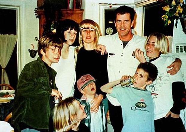 Мел Гибсон с детьми от первого брака