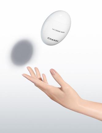 Сама нежность: новый крем для рук Chanel La Creme Main фото [1]