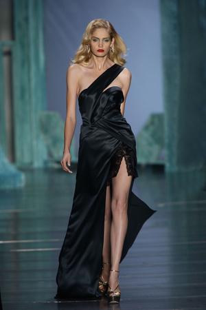 Показы мод Christian Dior Весна-лето 2010 | Подиум на ELLE - Подиум - фото 2946