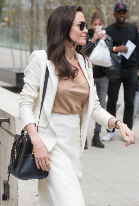 Сколько весит Анджелина Джоли фото [9]