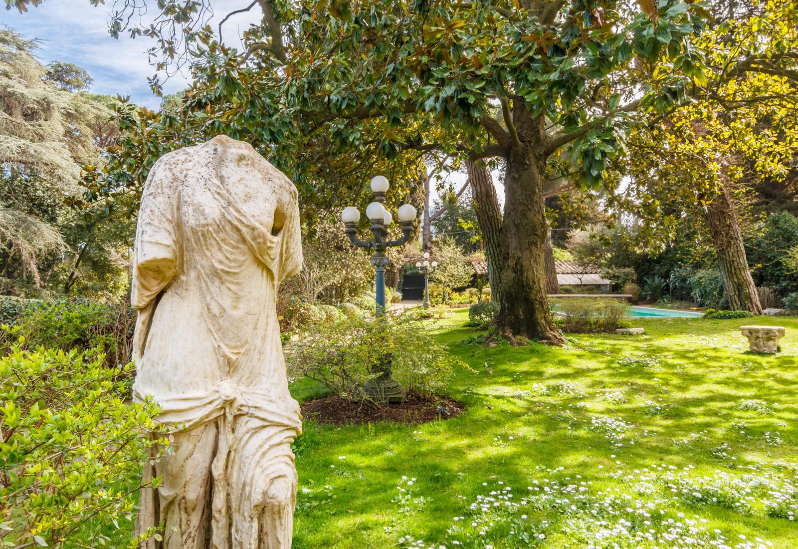 Продается бывшая вилла Софи Лорен в Риме (галерея 3, фото 4)