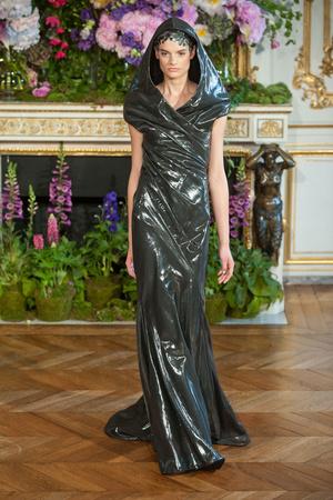 Показ Alexis Mabille коллекции сезона Осень-зима 2013-2014 года Haute couture - www.elle.ru - Подиум - фото 556521