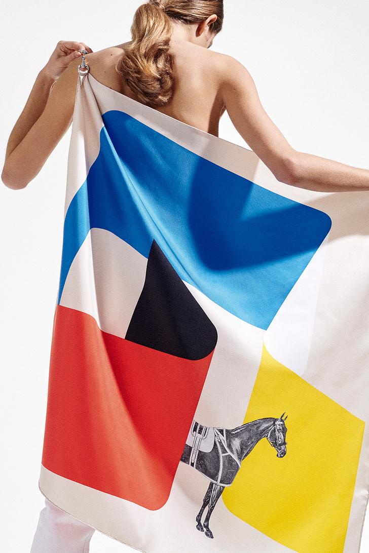 Кристин Довинье — о том, как создаются культовые платки Hermès (фото 1)