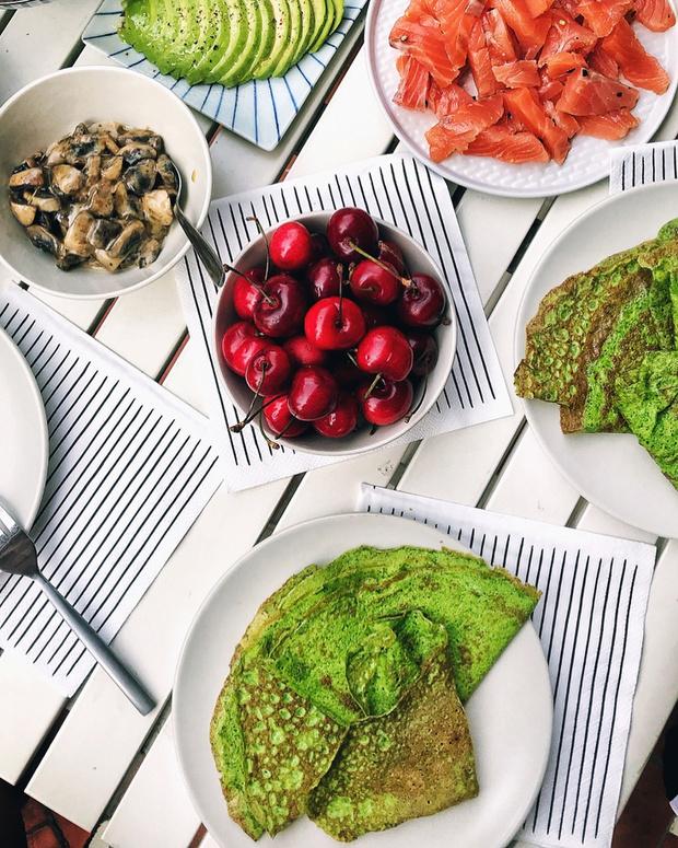 Как приготовить зеленые блины — 5 необычных рецептов для поклонников ЗОЖ (фото 1)