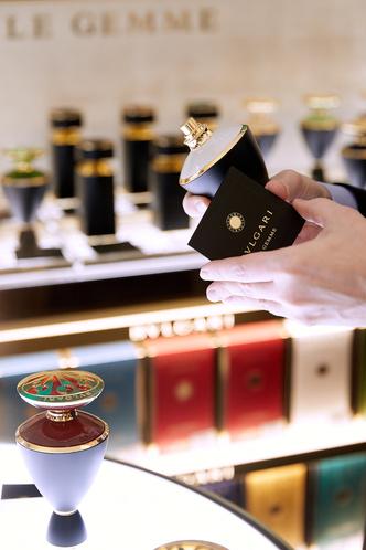 В ГУМе открылся корнер высокой парфюмерии BVlgari (фото 4)