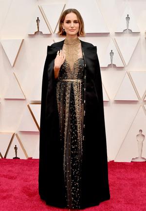Редкий выход: Натали Портман и Бенджамин Мильпье на премии «Оскар-2020» (фото 1.1)
