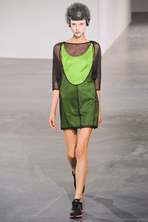 Показы мод Junya Watanabe Весна-лето 2013 | Подиум на ELLE - Подиум - фото 1025