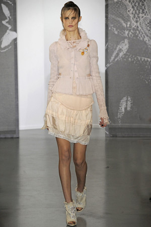 Показ Nina Ricci коллекции сезона Весна-лето 2010 года Prêt-à-porter - www.elle.ru - Подиум - фото 129763