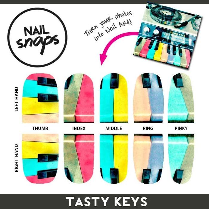 Нейл-арт: наклейки для ногтей из Instagram
