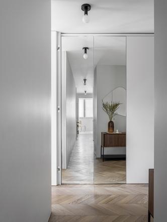 Маленькая квартира 45 м² со спальней за занавеской в Москве (фото 3.2)