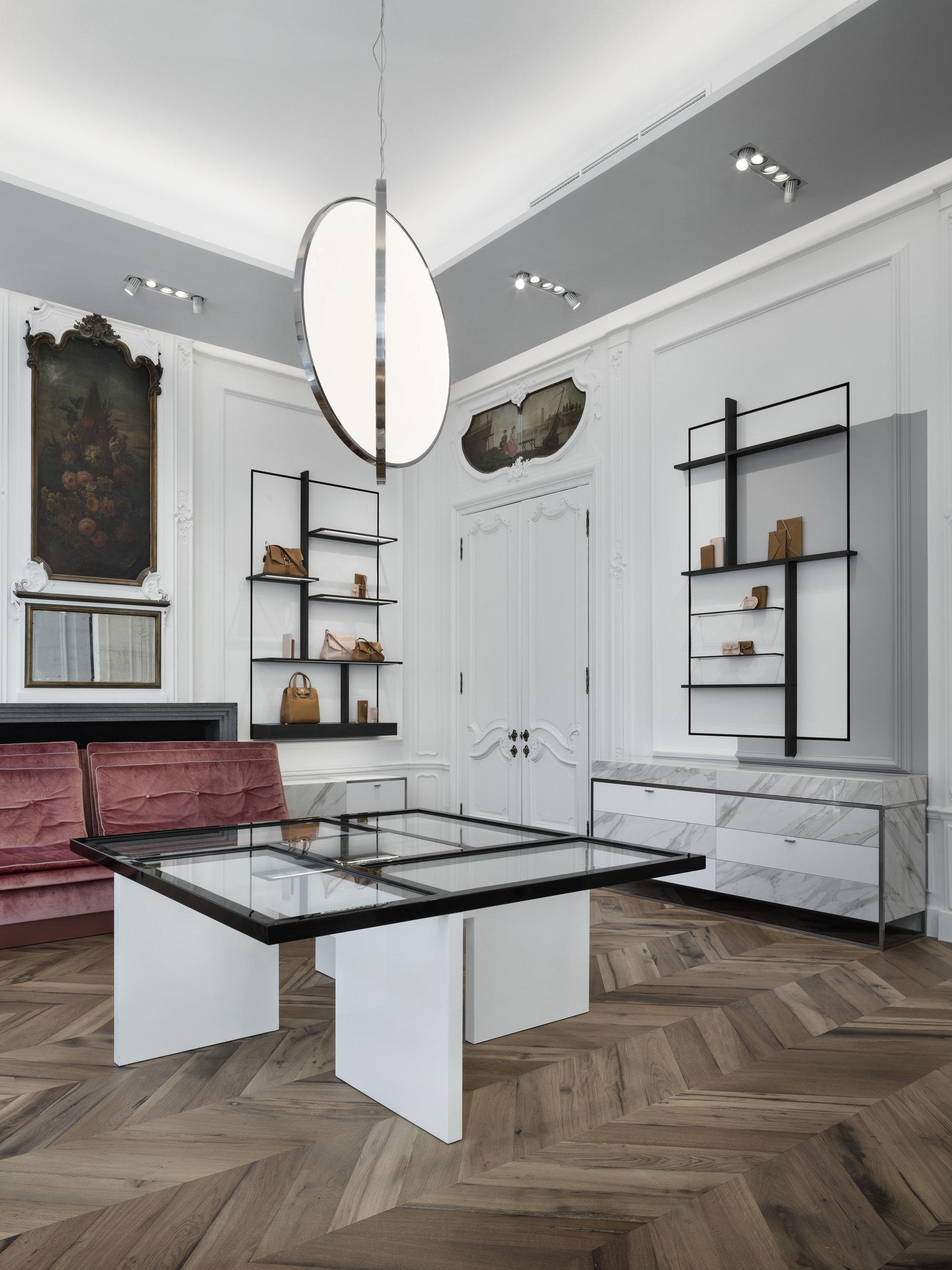 Бутик Delvaux в Брюсселе: современный дизайн в историческом здании (галерея 2, фото 3)