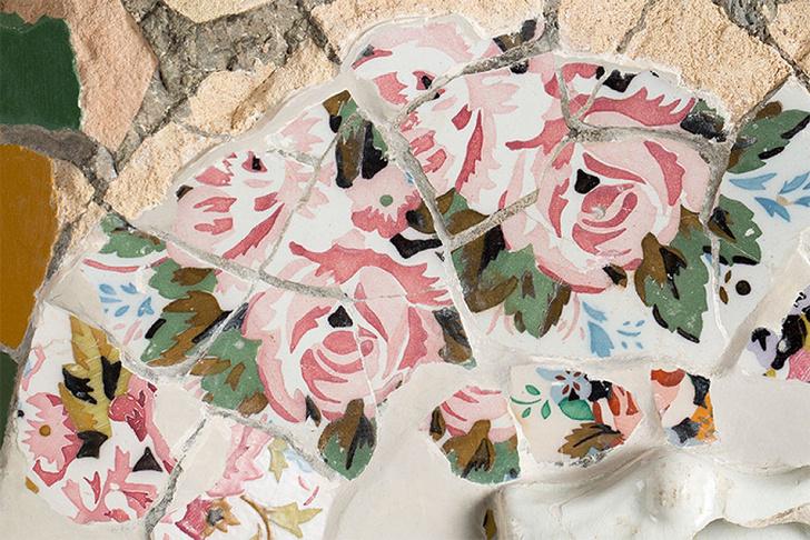 Фрагмент керамичекой мозаики из Парка Гуэля