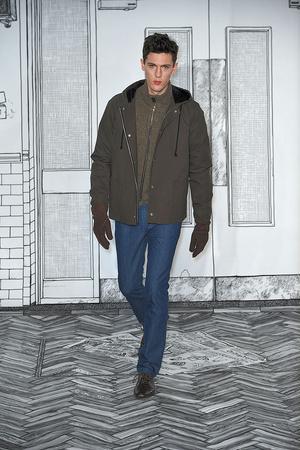 Показ Peter Jensen коллекции сезона Осень-зима 2010-2011 года prêt-à-porter - www.elle.ru - Подиум - фото 144227