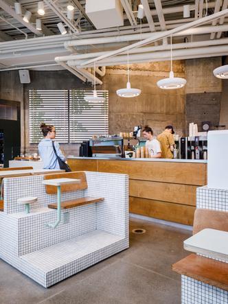 Маленькое дизайнерское кафе Melk в Монреале (фото 11.1)