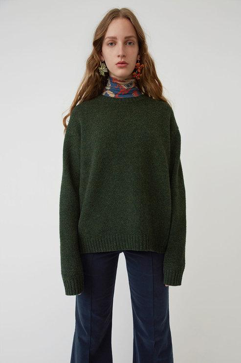 20 красивых и теплых свитеров не дороже 20 тысяч рублей (фото 4)