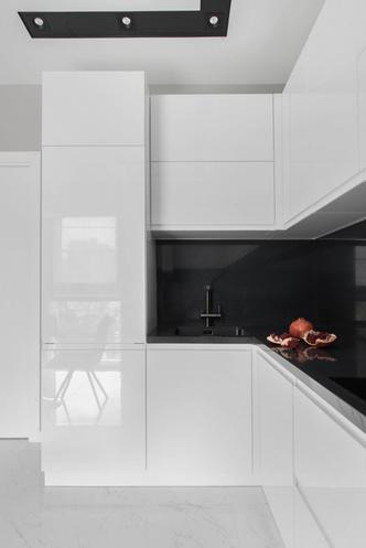 Все оттенки серого: минималистичная квартира 91 м² (фото 5.1)