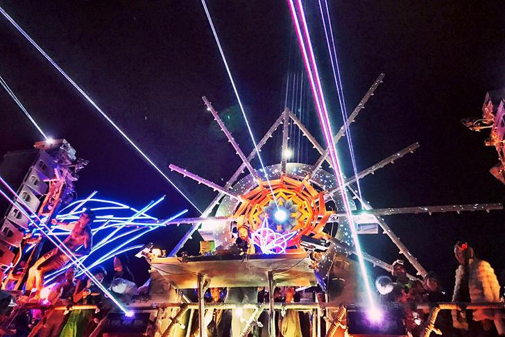 Буря в пустыне: Эдгардо Озорио — о том, как выжить на фестивале Burning Man фото [13]