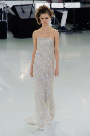 Показ Chanel коллекции сезона Весна-лето 2014 года haute couture - www.elle.ru - Подиум - фото 574494