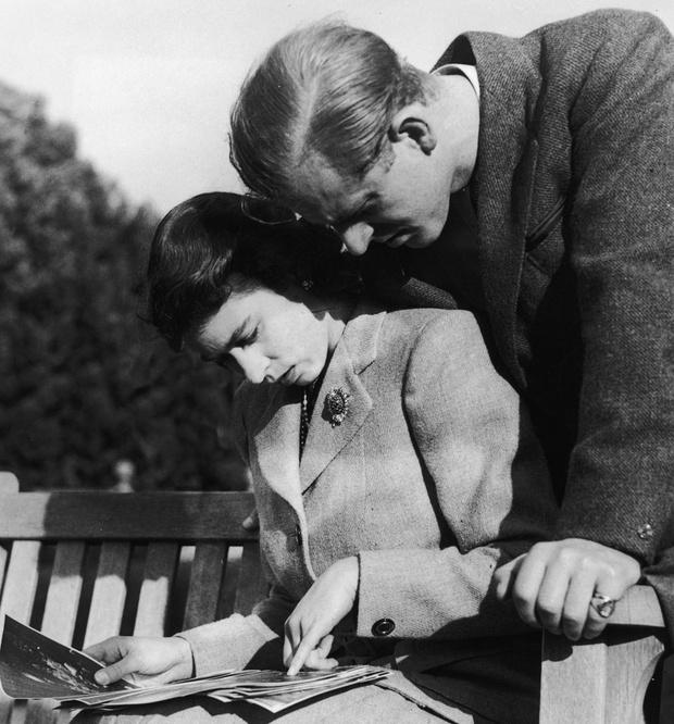 Баланс сил: история счастливого брака Елизаветы II и принца Филиппа фото [13]