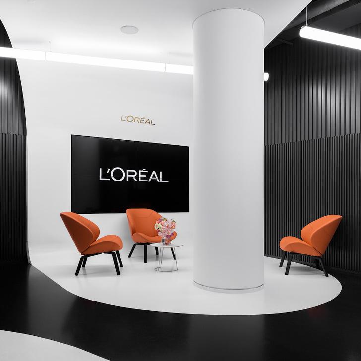 Офис L'Oréal по проекту IND Architects в Москве (фото 20)