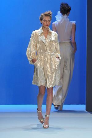 Показ Christophe Josse коллекции сезона Весна-лето 2010 года haute couture - www.elle.ru - Подиум - фото 137947