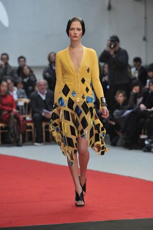 Показ Alexis Mabille коллекции сезона Весна-лето 2010 года haute couture - www.elle.ru - Подиум - фото 137902