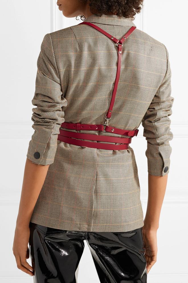 C чем носить женскую портупею (фото 2.1)
