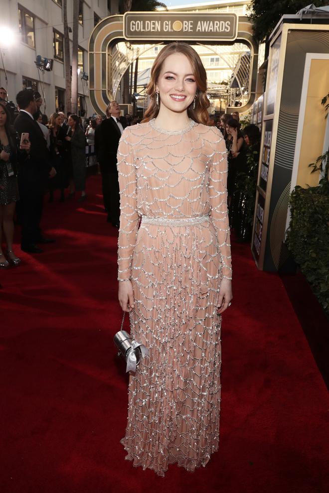Сама нежность: Эмма Стоун в платье Valentino на «Золотом глобусе» (фото 1)