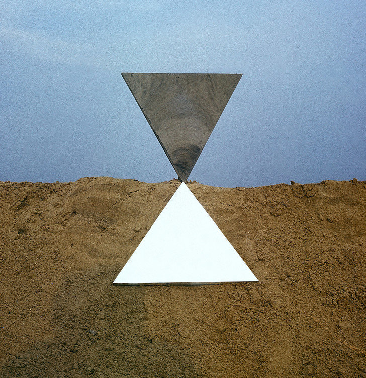 """Метафора, метафизика, метаморфоза"": Франциско Инфанте в МАММ (фото 0)"