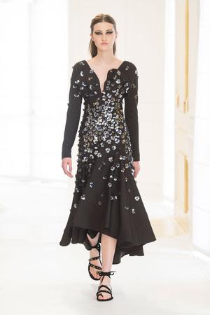 Показ Christian Dior коллекции сезона Осень-зима 2016-2017 года Haute couture - www.elle.ru - Подиум - фото 607085