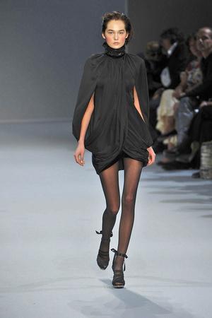 Показ Christophe Josse коллекции сезона Осень-зима 2009-2010 года Haute couture - www.elle.ru - Подиум - фото 87376