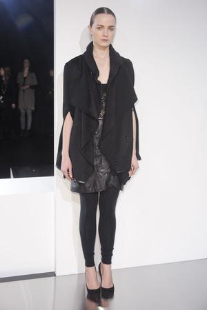 Показ Tess Giberson коллекции сезона Осень-зима 2011-2012 года prêt-à-porter - www.elle.ru - Подиум - фото 226207