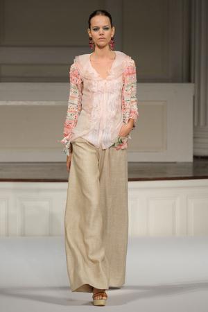 Показы мод Oscar de la Renta Весна-лето 2011 | Подиум на ELLE - Подиум - фото 2621