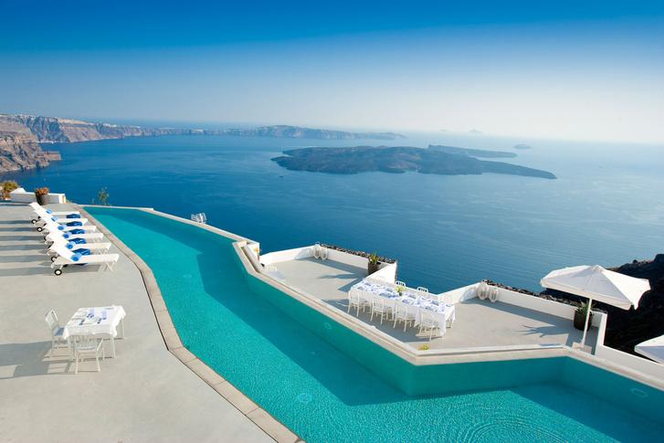 Grace Santorini, Греция