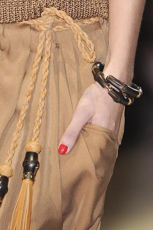 Показ Gucci коллекции сезона Весна-лето 2011 года prêt-à-porter - www.elle.ru - Подиум - фото 181749