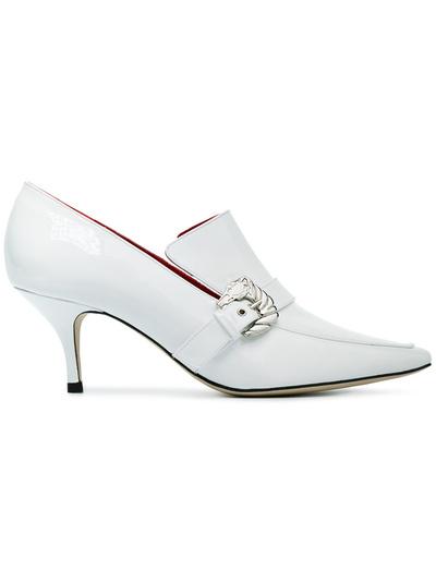 Белоснежные туфли — вещь, которую действительно нужно купить в этом сезоне (галерея 2, фото 1)