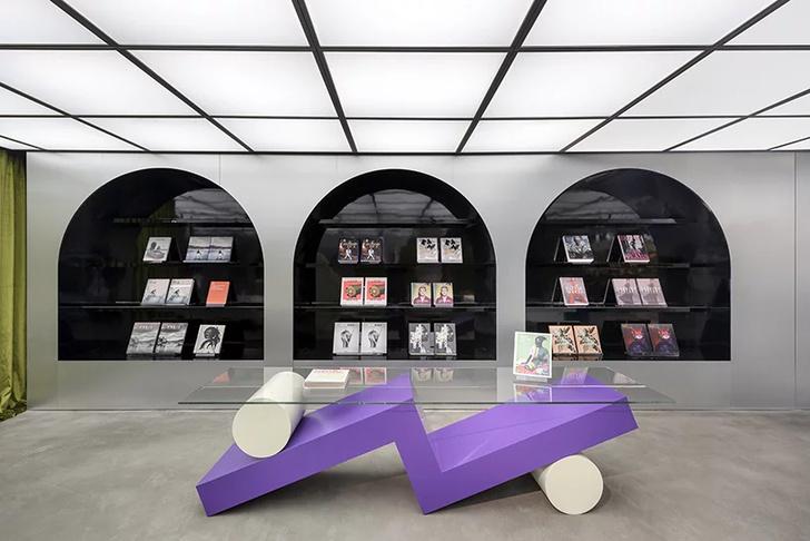 книжный магазин (фото 0)