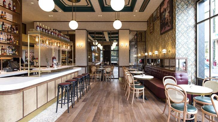 Афинский ресторан в стиле ретро (фото 2)