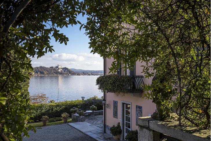 Донателла Версаче купила дом на озере Лаго-Маджоре (фото 0)