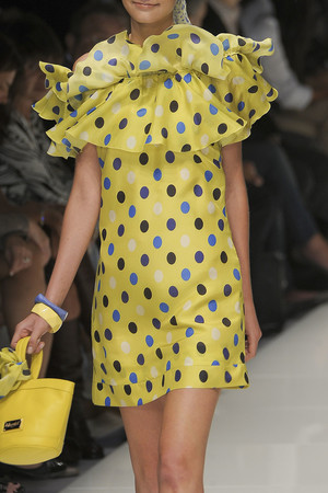 Показ Blugirl коллекции сезона Весна-лето 2011 года prêt-à-porter - www.elle.ru - Подиум - фото 186007